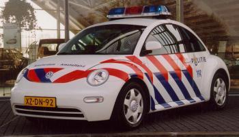 http://plaatjes.moppentap.nl/moppen/auto.jpg
